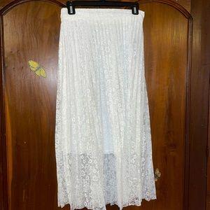 NWT Medium stretchy lace skirt